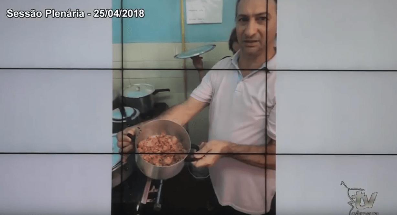 Prêmio da Mentira para Luciano Azevedo
